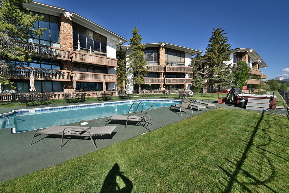Anchorage East Condominiums