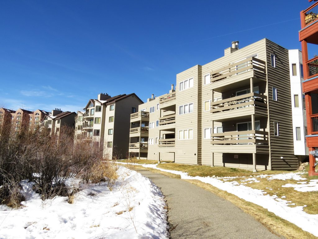 Cinnamon Ridge III Condominiums