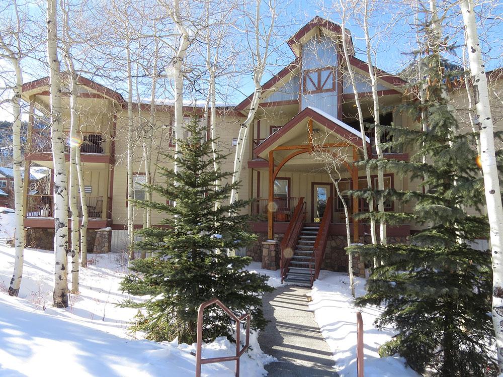 Lodge at Riverbend