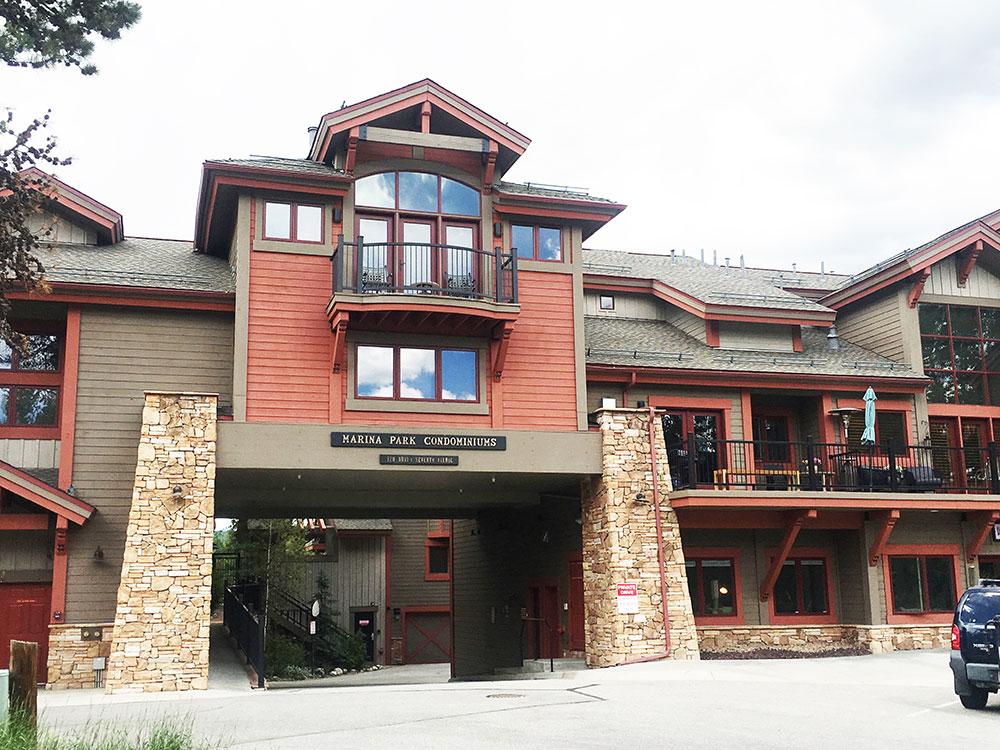 Mount Victoria Lodge